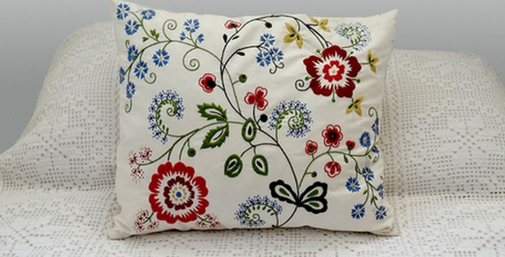 flower_pillow_cr